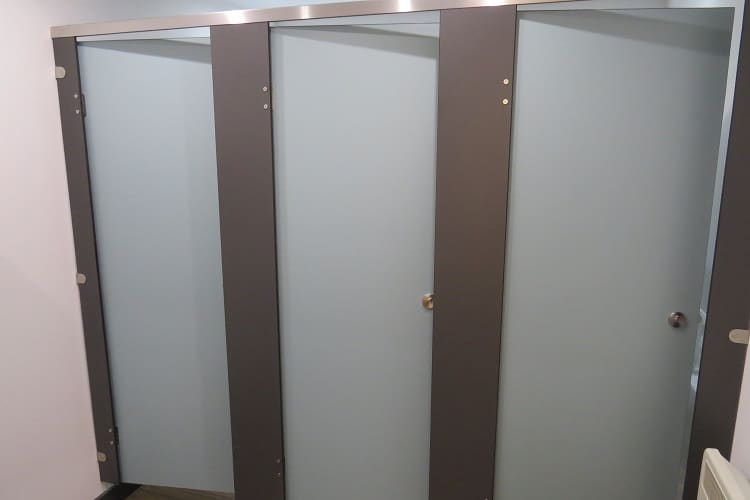 office wc cubicle replacement