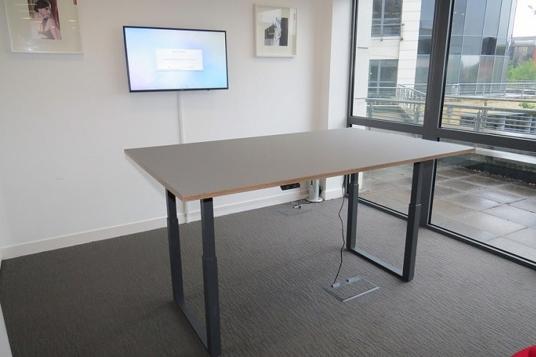 Height Adjustable Meeting Tables Fusion Office Design - Stand up meeting table