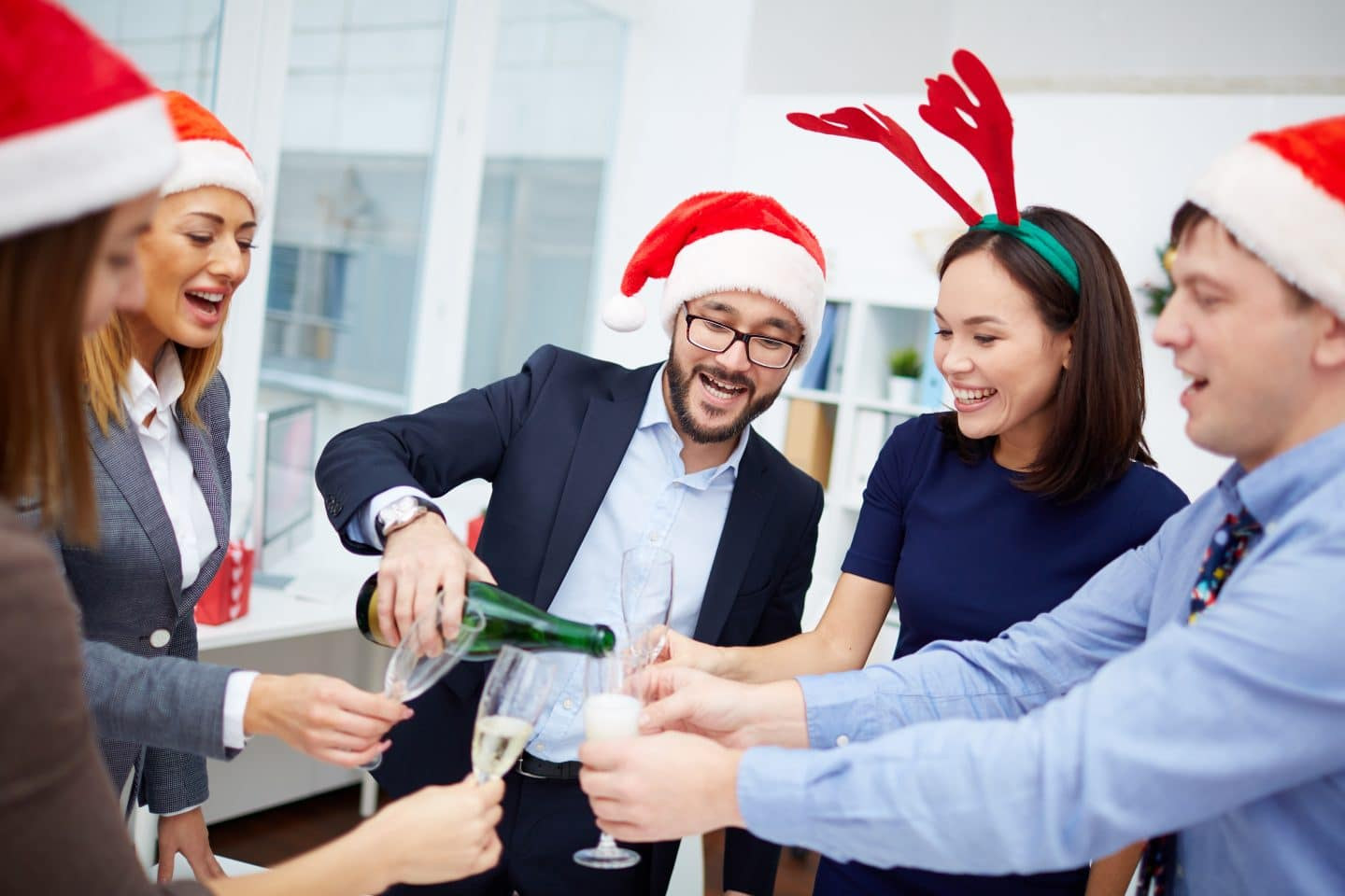 How to Enhance Your Office at Christmas Time